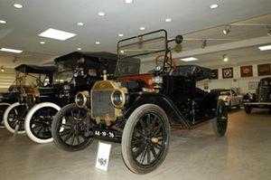 Museo del Automóbil Antigo