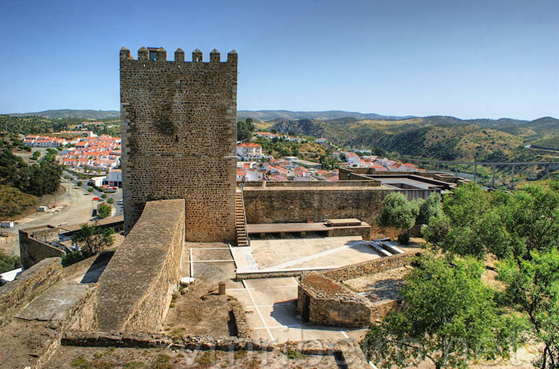 Mertola Portugal  city photos : Castillo de Mértola, Portugal