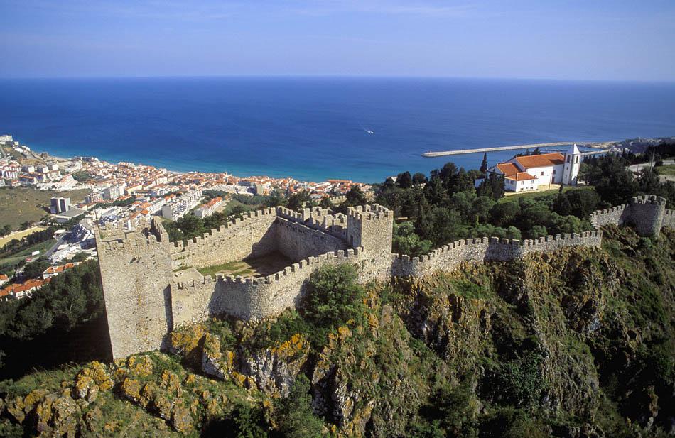 Castelo-de-Sesimbra.jpg