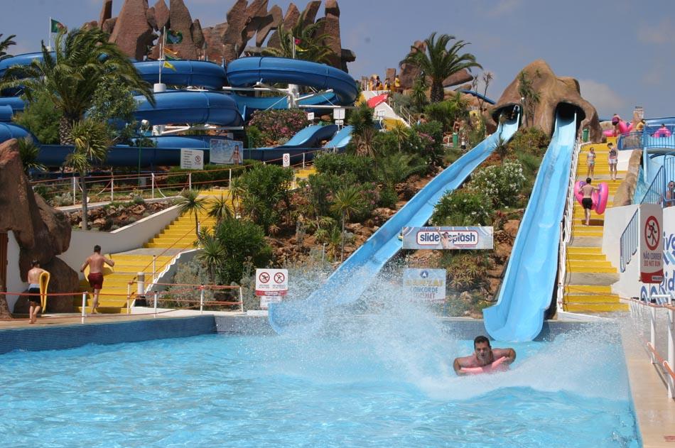 Parque aqu tico slide splash lagoa algarve for Horario piscina vila real