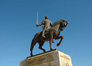 Estatua de Nuno Alvares Pereira, Batalha, Portugal