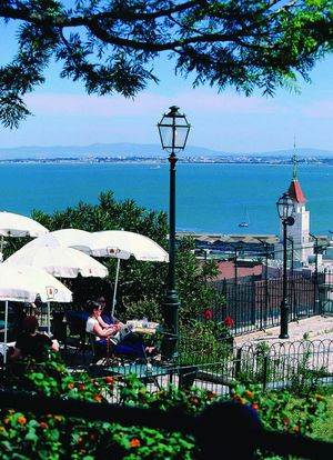 Santa Luzia Viewpoint, Lisbon, Portugal