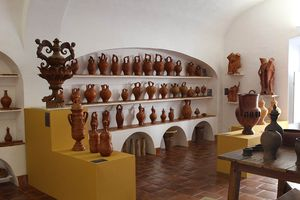 Museo Municipal de Estremoz Professor Joaquim Vermelho