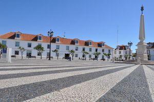 Praça Marquês de Pombal e o Obelisco de Vila Real de Santo António