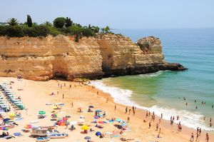 Playa da Senhora da Rocha