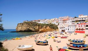 Praia do Carvoeiro Beach, Lagoa, Algarve